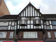 1 bed Flat to rent in Purley Parade...