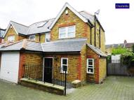 4 bedroom semi detached property to rent in Towton Mews, London