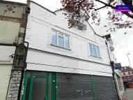 4 bed Flat in Great North Road...