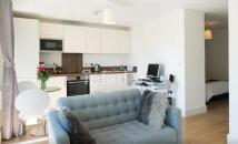 Ivy Point Studio flat