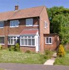 3 bed property in Robson Avenue, Peterlee...