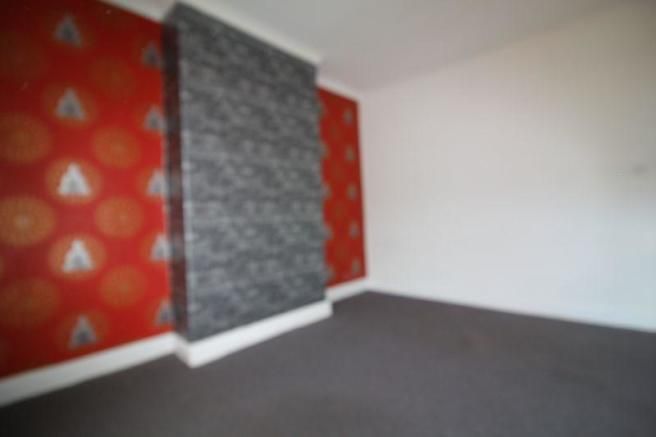 Front_Bedroom_01