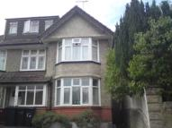 5 bed Flat in Maxwell Road, Winton...