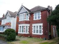 Flat to rent in Bryanstone Road...