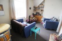 Flat to rent in Llanbleddian Gardens...