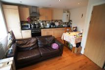 Flat to rent in Cadogan court, Cathays...