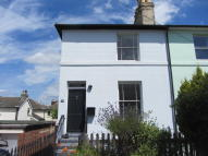 3 bed End of Terrace property in Garden Road...