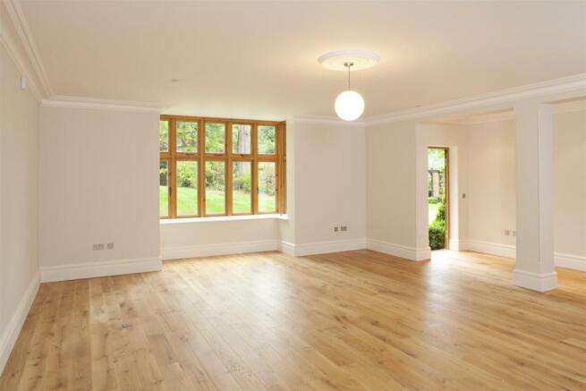 Grove House, interior 3.jpg