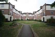 2 bedroom Apartment to rent in High View Court...