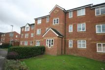 Apartment to rent in Redford Close, Feltham