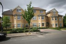 2 bed new Apartment in Lowndes Court...