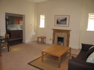 Flat to rent in 36 Magdala Road...