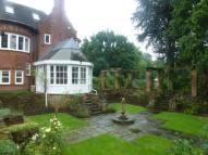 4 bedroom semi detached house to rent in 1 The Oaks...