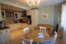 Town House to rent in Castle Mews...
