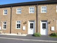 2 bed Terraced house in Littlelands, Bingley...