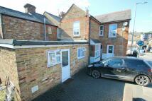 Hughenden Road Flat to rent