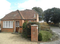 1 bed Detached Bungalow in White Chimney Row...