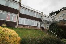 Flat to rent in Lansdowne Woodwater Lane...