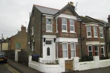 Flat to rent in Southwood Road, Ramsgate...
