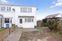 3 bedroom semi detached house to rent in Seasalter Close, Warden...