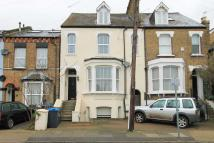 Flat to rent in Richmond Park Road