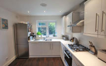 3 bed home for sale in Roundhills...