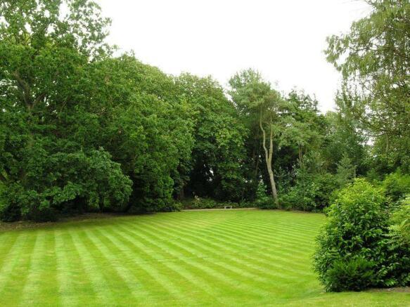 Gardens & Woodlands