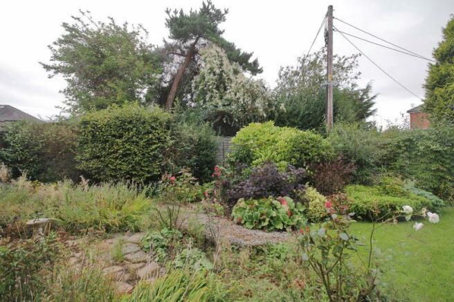Garden View Fr...