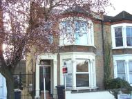 Aspinall Road Flat to rent
