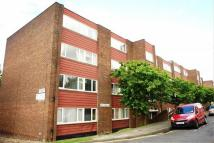 2 bedroom Apartment in Lonsdale Court...