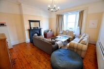 2 bedroom Flat in Holly Avenue, Jesmond...