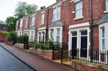 3 bedroom Flat in Balfour Street, Gateshead