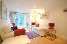 Flat for sale in Lakelands Court...