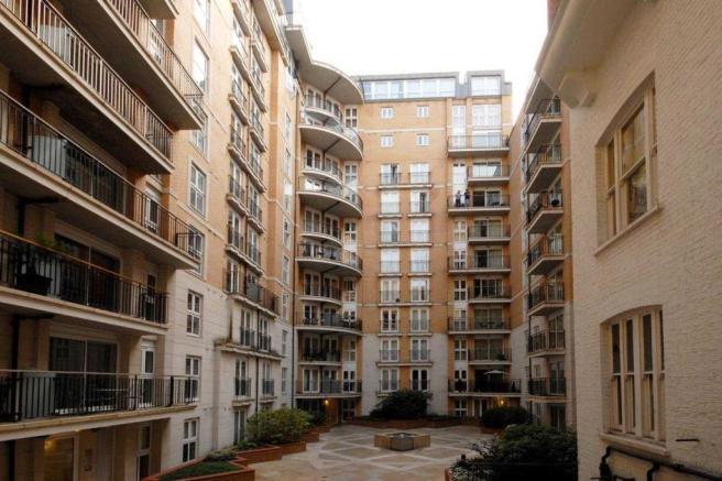 New development courtyard
