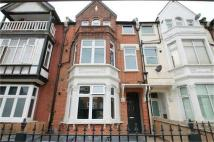 1 bedroom Flat to rent in Thornton Avenue...