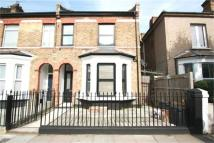 2 bedroom Apartment to rent in Fernlea Road, Balham