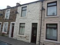 2 bedroom house to rent in Peel Street, Padiham...