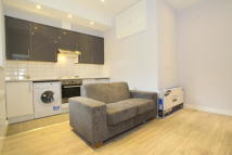 1 bed Ground Flat in Eversholt Street...