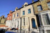 Windermere Road Studio flat to rent