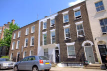 Ground Flat to rent in Arlington Road...