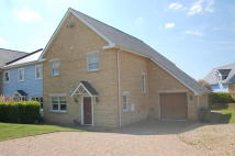 4 bed home in Waters Edge, Wansford...