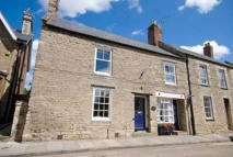 4 bed Character Property in WEST STREET, Oundle, PE8