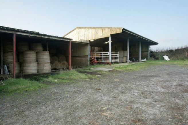 Farmhouse - Bu...