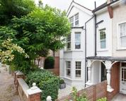 6 bedroom property in Sutton Court Road