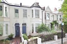 3 bedroom home in Sutton Lane South, W4