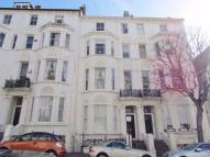Flat to rent in Cambridge Road, HOVE...