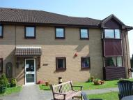 2 bed Ground Flat for sale in Uplands Court...