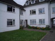 2 bedroom Flat to rent in Golden Square, Henfield...