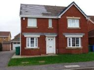 4 bed property to rent in Petrel Way