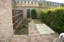 2 bedroom Terraced house in St Catherines Close...